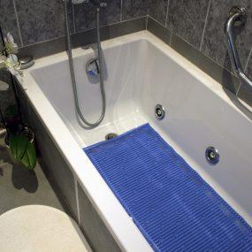 Isagi Stay Put Bath Mat