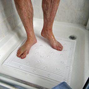 Isagi Stay Put Shower Mat